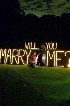 Amazing 21 Romantic Proposal Picture Inspiration https://weddmagz.com/21-romantic-proposal-picture-inspiration/