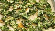 Crisp and delicious--once you start, you won't be able to stop nibbling on these healthy kale chips. Healthy Kale Chips, Cook For Life, Gluten Free Recipes, Healthy Recipes, Good Food, Yummy Food, Thing 1, Appetizer Dips, Healthy Choices