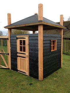 Mini hooiberg op maat gemaakt van douglas hout! Prachtig verblijf voor uw dieren of als tuinhuis in uw tuin! www.vanviegen.com