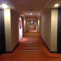 Long Hallways At The Parkroyal Melbourne Airport Hotel