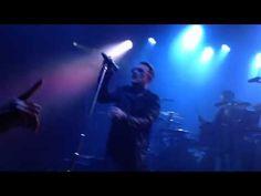 U2 faz show surpresa para 500 fãs em Los Angeles. Veja trecho! #Grupo, #Show, #Single http://popzone.tv/u2-faz-show-surpresa-para-500-fas-em-los-angeles-veja-trecho/