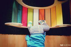 Regenbogen wippe diy – Home Decor Wholesalers Diy Furniture Plans, Kids Furniture, Baby Play, Baby Kids, Kids Indoor Gym, Diy For Kids, Crafts For Kids, Baby Presents, Backyard Games