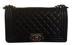 c7fdd7d8dd42cc Chanel Handbags Lambskin for Women, Very good condition on Joli Closet,  pre-owned fashion an luxury.