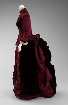 Dress House of Worth  (French, 1858–1956) Designer: Charles Frederick Worth (French (born England), Bourne 1825–1895 Paris) Date: ca. 1885 Culture: French Medium: silk, linen Dimensions: Length at CB (a): 26 in. (66 cm) Length at CB (b): 46 in. (116.8 cm) Credit Line: Brooklyn Museum Costume Collection at The Metropolitan Museum of Art, Gift of the Brooklyn Museum, 2009; Gift of Lillian E. Glenn Peirce and Mabel Glenn Cooper, 1929 Accession Number: 2009.300.627a, b