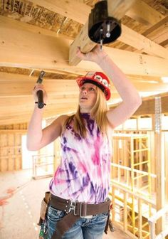 These young ladies at Loveland High School use their weekends to help build homes for Loveland Habitat for Humanity! We love seeing young adults embrace philanthropy and make it a part of who they are! #habitatforhumanity #givingback #ottercares #inspiring #philanthropy #makeadifference #changetheworld #dogood #kids #inspiringkidstochangetheworld