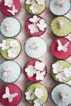 Asian decoration cupcakes. Love them