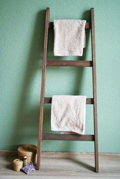 Gustave et Voltaire: DIY Decorative Ladders/ Echelles décoratives                                                                                                                                                      Plus