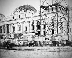The construction of Melbourne Town Hall {ca: - note grocery store on site of Manchester Unity Building. Australia Day, Victoria Australia, Melbourne Australia, Western Australia, Brisbane, Australian Architecture, Melbourne Victoria, History Of Photography, Town Hall