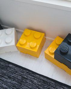 LEGO-säilytyslaatikot lastenhuoneeseen