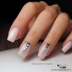 Pretty Toe Nails, Gorgeous Nails, Minimalist Nails, Chic Nails, Stylish Nails, Neon Acrylic Nails, Shellac Nail Designs, New Years Nail Designs, Classic Nails