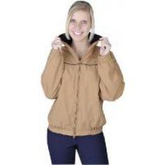 Elegante dames en heren blouson voor het rijden maar ook ideal als vrijetijds jas. De jas is voorzien van een lekkere zachte fleecevoering. De jas is niet alleen voor de winter aangenaam , maar ook in de lente of de herfst. De jas heeft een handige two-way ritssluiting en heeft een elastieken tailleband. Hij is voorzien van een handige zak voor de mobiele telefoon, een binnenzak welke af te sluiten is mat een rits, en twee zakken aan de voorzijde welke ook voorzien zijn van een rits. De…