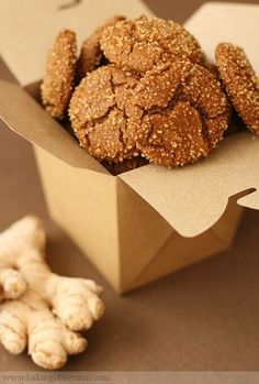 the perfect gingersnap: crispy outside, chewy in the middle, loaded with fresh and candied ginger. (recipe by Alice Medrich) christmas crinkles Ginger Molasses Cookies, Ginger Snap Cookies, Crisp Ginger Snaps Recipe, Holiday Baking, Christmas Baking, Christmas Goodies, Homemade Christmas, Christmas 2017, Biscuits