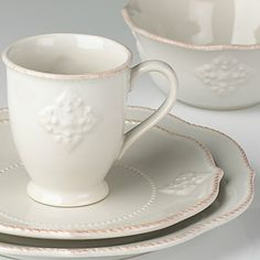 French Perle Charm 4-piece Place Setting by Lenox