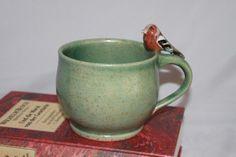 FabelHaft - grüne Finken-Tasse mit Frosch von DrehArt auf DaWanda.com