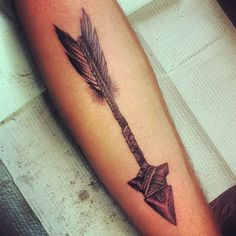 arrow head tattoo - Google Search @lowea4 I like that this one has the arrow head