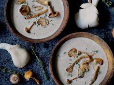 Romige Paddenstoelensoep Feta Dip, Mac And Cheese, Soups And Stews, Camembert Cheese, Foodies, Dips, Decorative Plates, Low Carb, Keto