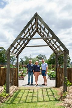 THE transformation of a dry, rock-hard paddock into a large, self-sustainable kitchen garden south of Toowoomba will feature on a new television series.