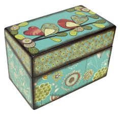Here's a great place for your favorite recipes to nest: a recipe box decorated with Americana DecouPage Glue.