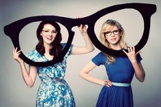 THE GIRLS WITH GLASSES