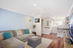 6/196 Ocean St. Narrabeen 2 Bed 1 Bath 1 Car  http://www.belleproperty.com/buying/NSW/Northern-Beaches/Narrabeen/Apartment/62P1249-6-196-ocean-street-narrabeen-nsw-2101