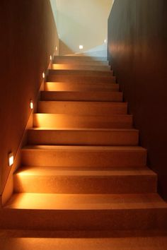 New Homes, Stairs, Malva, Decoration, Home Decor, Environment, Stair Risers, Stair Design, Houses