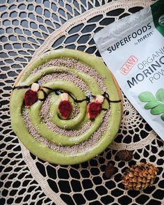 WEBSTA @ frommybowl - [ CLOSED - congrats @thearabfruitlady!! ] ✨ GIVEAWAY ✨ All throughout the month of December, I'll be teaming up with various companies I love so I can give back to you guys! Today it's @mrm_usa 🙌🏼 I whipped up this festive and creamy holiday smoothie bowl using their veggie elite vanilla protein, moringa powder, and a dash of beet powder to make those festive lights 🚨 WINNER of this giveaway will receive a tub of #vegan protein, plus a bag of @mrm_usa superfoods…