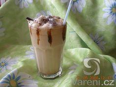 Ledové frappé se zmrzlinou - výborná osvěžující dobrota. Frappe, Dips, Smoothie, Pudding, Ice Cream, Food, No Churn Ice Cream, Sauces, Custard Pudding