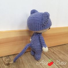 Tiny Lalylala | amigurumi crochet | tuto crochet gratuit Crochet Amigurumi, Crochet Hats, Tweety, Hello Kitty, Lily, Couture, Crochet Animal Amigurumi, Crochet Rabbit, Crochet Flowers