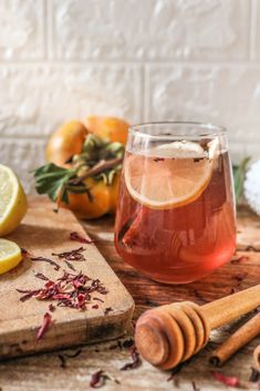 HIBISCUS HOT TODDY RECIPE #hottoddy #recipe #hotdrinks #hygge #nordic #recipes #vegandrinks Hot Toddy, Toddy Recipe, Alcoholic Drinks, Beverages, Winter Day, Hygge, Hibiscus, Board