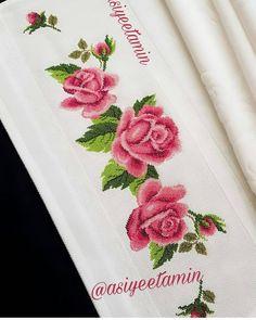 @asiyeetamin . #etamin#kanaviçe#havlu##evimpiko#evimpiko_model_sayfam #nervür #nevresim #nevresimdanteli #dantelpiketakimi #damatçeyizi… Cross Stitch Borders, Cross Stitch Rose, Cross Stitch Flowers, Cross Stitch Patterns, Crewel Embroidery, Cross Stitch Embroidery, Hobbies And Crafts, Diy And Crafts, Asian Bridal