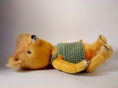 Goldie by pussman on Etsy
