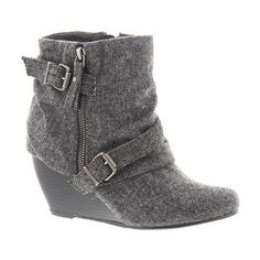 Blowfish Belen ($69) ❤ liked on Polyvore featuring shoes, boots, ankle booties, grey, gray ankle boots, wedge bootie, grey booties, wedge ankle booties e grey boots