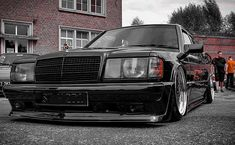 Mercedes Benz 190, Black Cars, Classic Mercedes, Ride Or Die, Cars And Motorcycles, Classic Cars, Gadgets, Geek, Vehicles