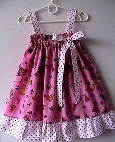 Kids Dress Wear, Toddler Girl Dresses, Little Girl Dresses, Girls Frock Design, Baby Dress Design, Baby Frocks Designs, Kids Frocks Design, Baby Girl Fashion, Kids Fashion