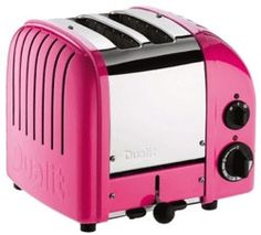 Dualit has upgraded its iconic toaster with a setting for buns and bagels and a defrost setting for frozen bread. What hasn't changed is the superlative quality and design that have made Dualit famous: each toaster is still hand-assembled Home Design, Interior Design, Design Living, Cafe Interior, Big Data, Pink Toaster, Retro Toaster, Vintage Toaster, White Toaster