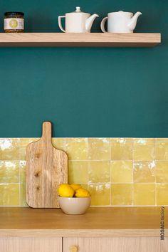 Warm Kitchen Colors, Kitchen Wall Colors, Kitchen Wall Tiles, Kitchen Redo, Home Decor Kitchen, Kitchen Interior, Home Kitchens, Kitchen Remodel, Colourful Kitchen Tiles