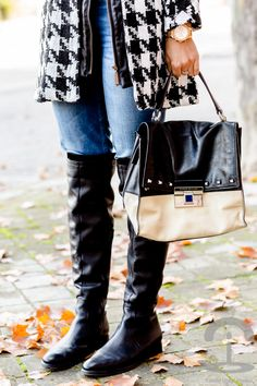 Abrigo pata de gallo - Crimenes de la Moda  Houndstood - bolso Karen Millen bag - botas Pilar Burgos boots - reloj Michael Kors watch - abrigo Zara coat