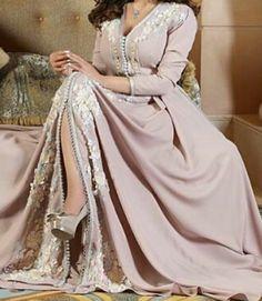 Long Tight Prom Dresses, Kaftan, Tights, Victorian, Life, Fashion, Vestidos, Navy Tights, Moda