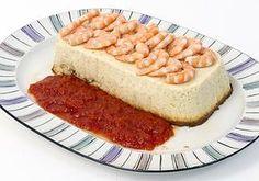 Pastel de merluza con salsa de piquillo