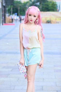 pink hair Japanese Fashion korea fashion ullzang chinese fashion fei zhu liu chinese girl fzl longmaozhinv aomojikei longmaozhin rockernewnew feizhl long mao zhin