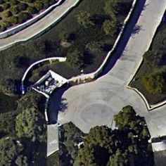 Milton Berle's House (former) in Beverly Hills, CA (Google Maps) - Virtual Globetrotting