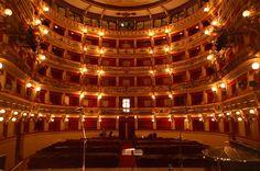 「劇場 イタリア」の画像検索結果