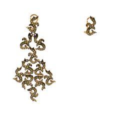 Earrings made of gold with multicolor diamonds Diamonds, Chandelier, Ceiling Lights, Earrings, Gold, Home Decor, Ear Rings, Candelabra, Stud Earrings