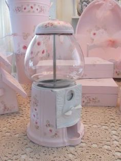 I want a shabby chic gumball machine!