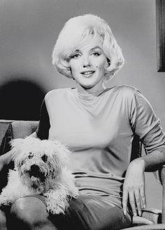 Marilyn Monroe photographed by Douglas Kirkland, 1961.