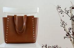 Women Tote Bag, Minimalist and Simple Leather Tote Bag, Capacious and Elegant…