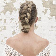 #50in50 || Brides by Vanessa Jane || Bridal Hairstyles || Bridal Musings Wedding Blog 7