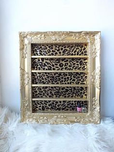 leopard home accents Gold Leopard Barock Regal Rah - homeaccents Rangement Makeup, Decoration Originale, Beauty Room, My New Room, Home Projects, Diy Furniture, Diy Home Decor, Etsy, Diy Crafts