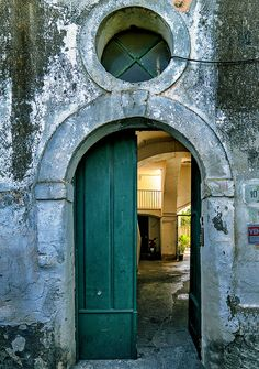 Doors to Courtyard,,Procida, civico