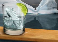 Pull out your copy of the Titanic, grab a bottle of fine Gin and some high-quality tonic and prepare for an adventure. The Gin & Titonic Ice Trays are the perfect accompaniment to a weekend of enjoying the Titanic love story again. These ice trays Ice Cube Molds, Ice Cube Trays, Ice Tray, Ice Cubes, O Gin, Iceberg, Titanic Ship, Titanic Prom, Titanic Movie